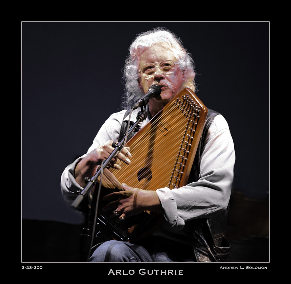 ARLO GUTHRIE WITH AUTOHARP