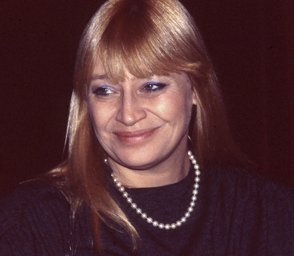 MARY TRAVERS 02